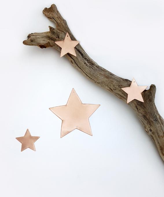 Décoration murale étoile en laiton ou en cuivre Delphine Plisson